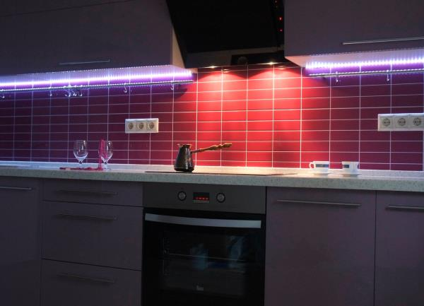 Как рассчитать мощность вытяжки на кухню