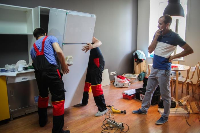 Как перевезти холодильник