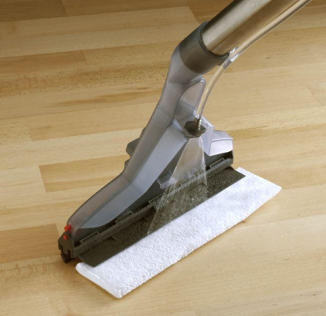 Как работает моющий пылесос