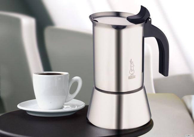 Что лучше кофеварка или кофемашина капсульного типа