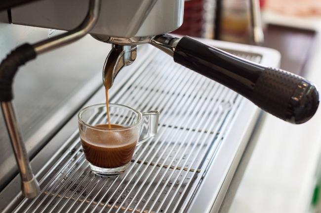 как почистить кофеварку от накипи лимонной кислотой